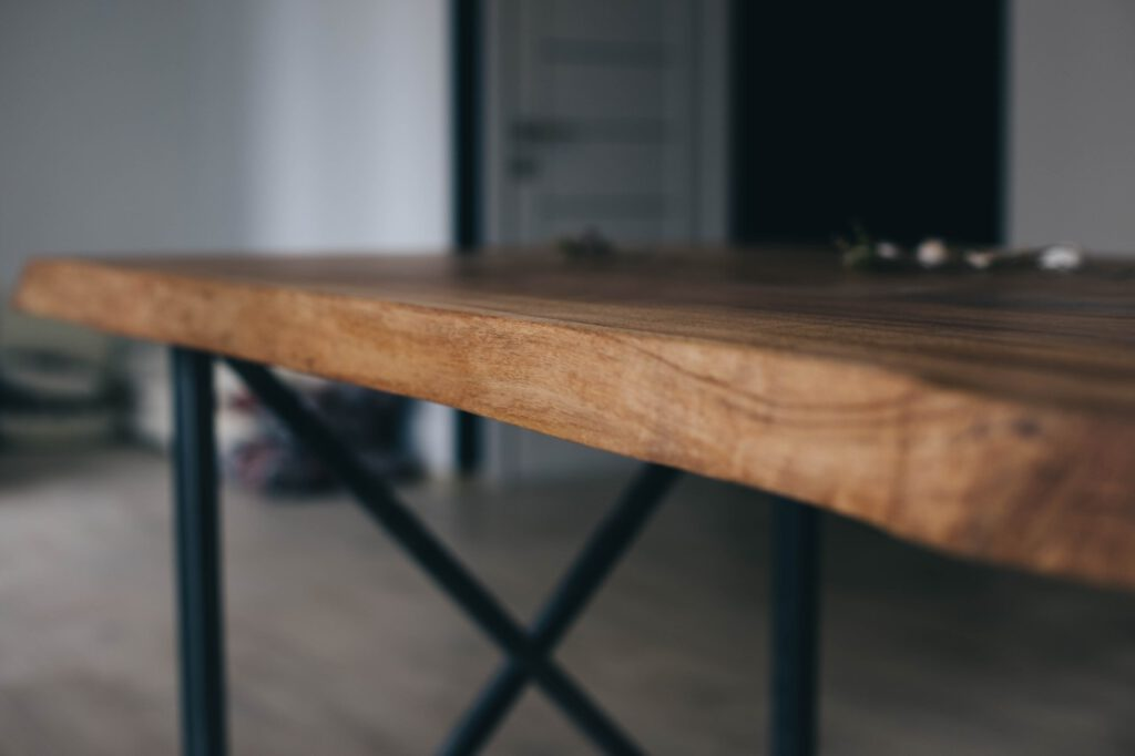 Tischplatten Eiche nach Maß online bei Eichenholzprofi